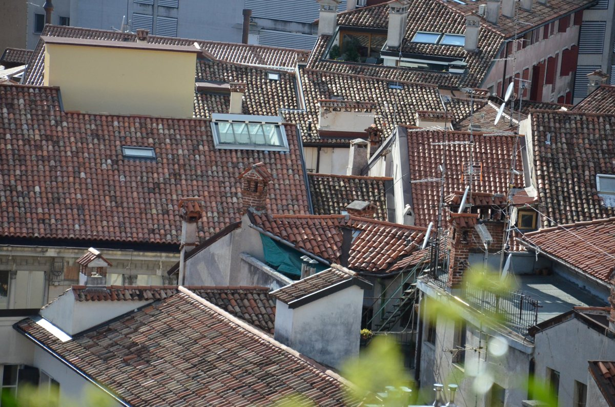 udine, italy, roofs,